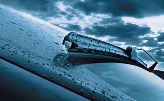5 Cara Membersihkan Mesin Mobil