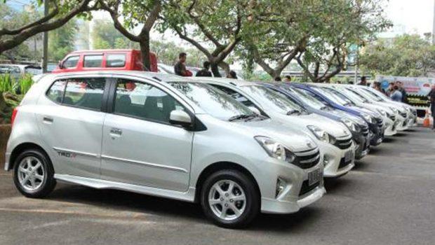 Harga-Harga Mobil Bekas Di Bawah 100 Juta Yang Cocok Untuk Anak muda