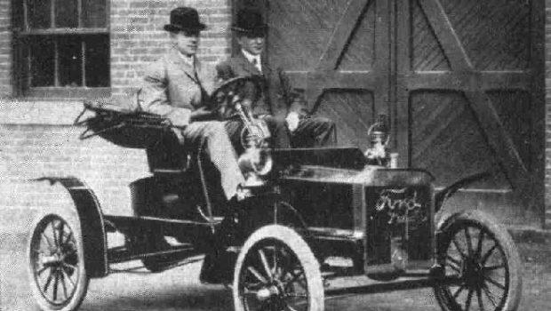 Seperti Apakah Awal Mula Penemuan Mobil Dan Siapakah Penemu Mobil?